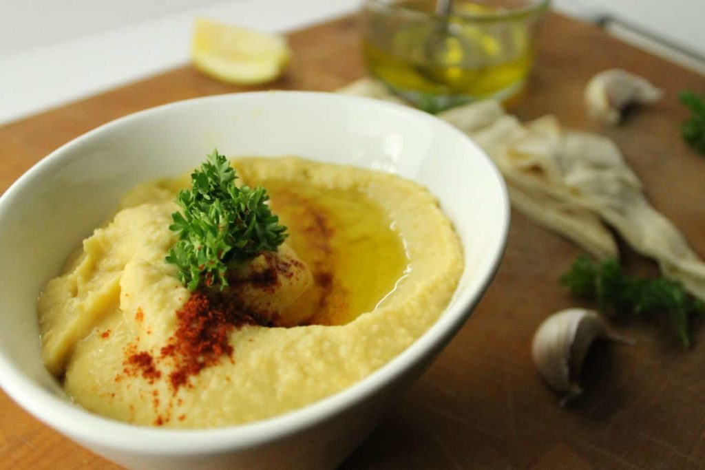 Garnished Garlic Hummus