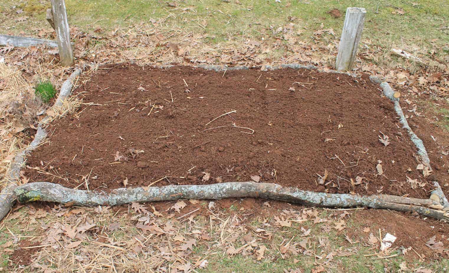 DIY Hugelkulture Inspired gardening