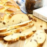 Rosinenbrot is a German raisin bread perfect for easter or other Special Occasions.!